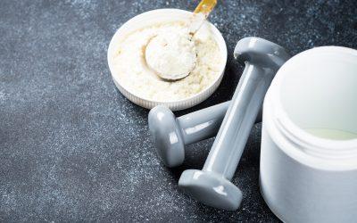 Quels sont les avantages et les risques de la protéine en poudre ?