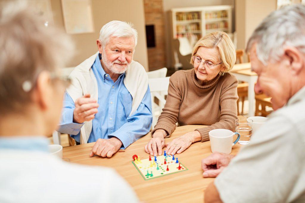 jeu de société en maison de retraite