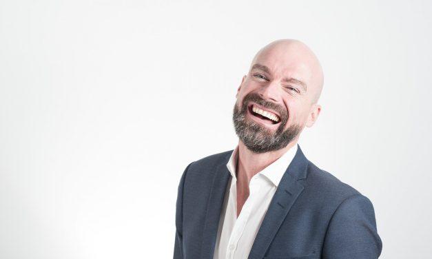 Retrouvez le sourire avec le meilleur orthodontiste adulte à Paris